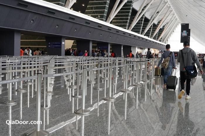 台湾空港の入国審査場