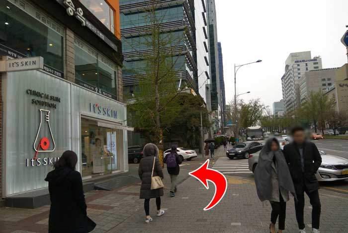 3ce韓国店舗 最寄り駅からアクセス