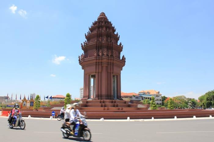 カンボジア観光ビザ 郵送でも申請可能