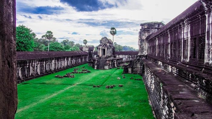 カンボジアビザの申請方法と観光ビザの種類