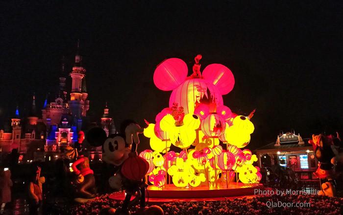 上海ディズニーランドのナイトパレード