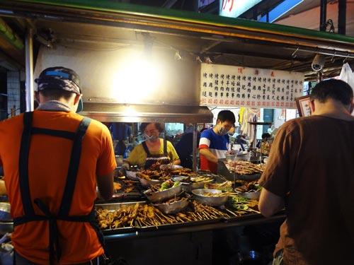 台湾旅行 六合夜市