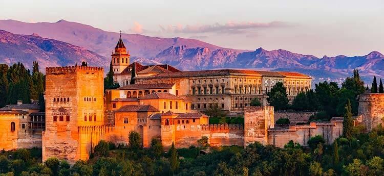スペイン旅行のおすすめ アルハンブラ宮殿