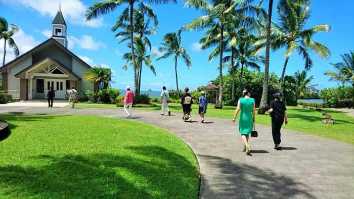 ハワイ挙式での親族の服装