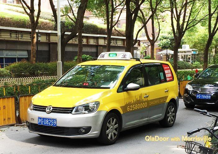 上海のタクシ