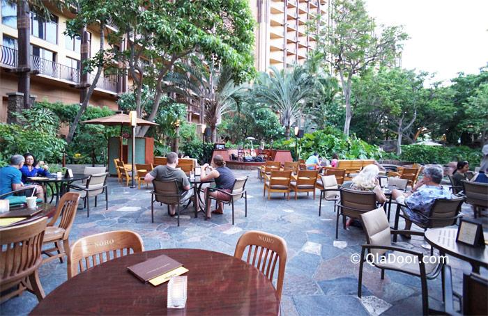 アウラニディズニーリゾートの食事ができるレストラン