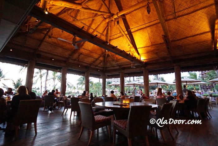 コオリナビーチ横のレストラン・アマ・アマ
