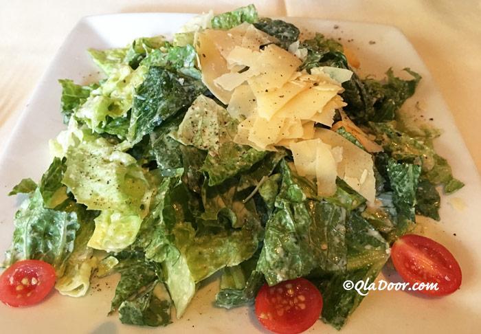 ルースズクリス・ステーキハウスの前菜メニュー・サラダ写真