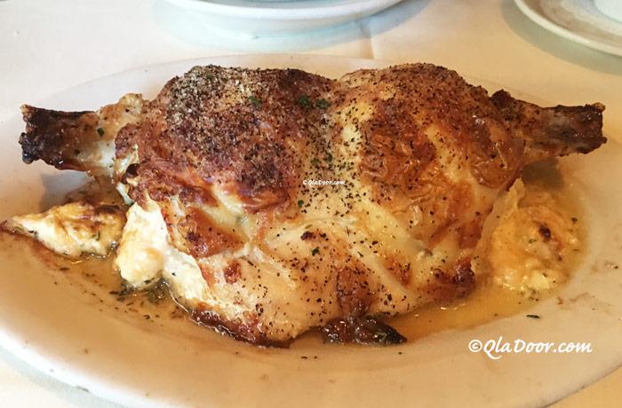 ルースズクリス・ステーキハウスのメニュー・鶏胸肉のチーズ詰めオーブンロースト