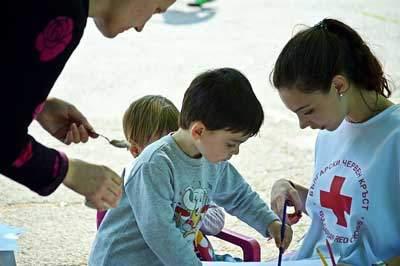 海外の仕事 子供のためのボランティア