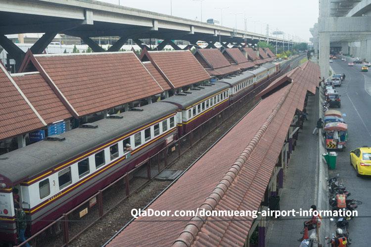 ドンムアン空港の電車でのアクセス