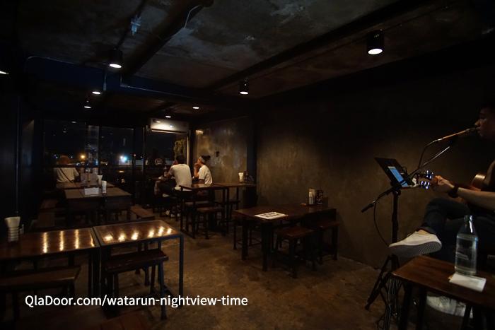 ワットアルンの夜景を見れる穴場レストラン