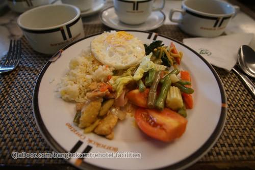 バンコクセンターホテルの朝食メニューの写真