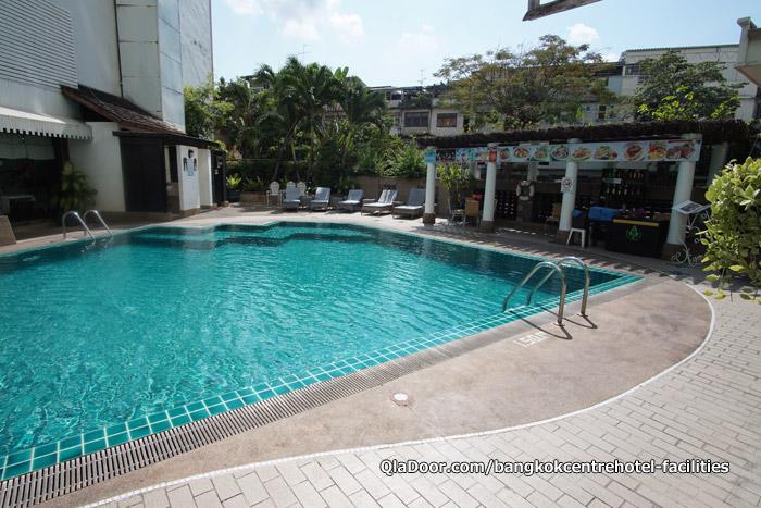 バンコクセンターホテルのプール