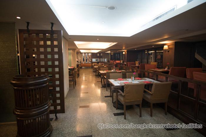 バンコクセンターホテルのレストランの写真