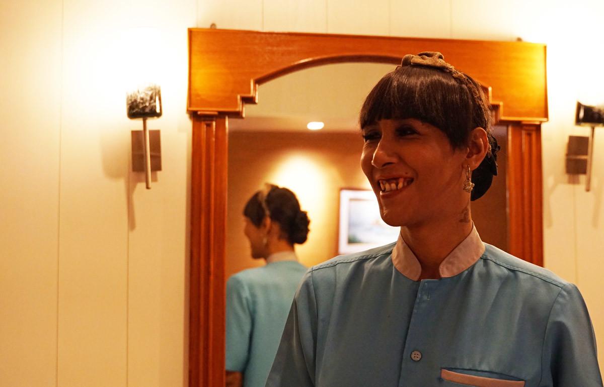 バンコクセンターホテルのスタッフ