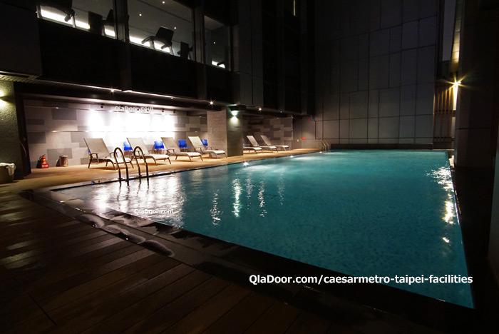シーザーメトロ台北ホテルのプール
