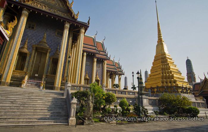 タイ・バンコクの3大寺院であるワットプラケオの写真