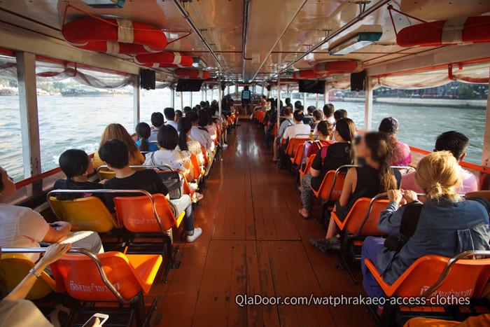 ワットプラケオまで水上バスの行き方