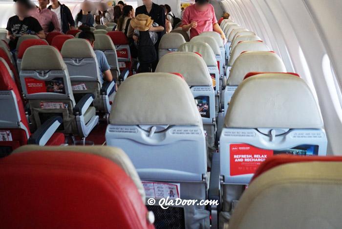 エアアジアハワイの機内の様子