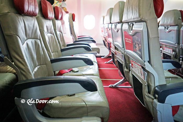 エアアジアXハワイ行き飛行機の座席