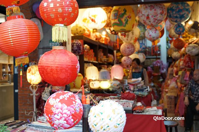 台湾・迪化街の老綿成燈籠店