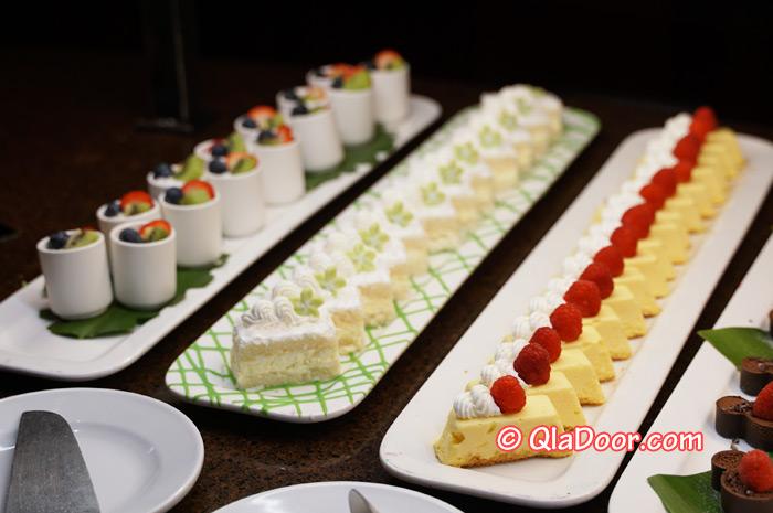 ハワイ・アウラニディズニーのディナー・マンゴチーズケーキ