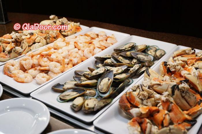 ハワイ・アウラニディズニーのディナーメニュー・牡蠣とエビ