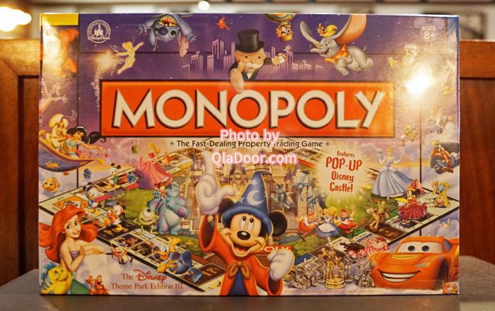 アウラニディズニーで売っているゲームグッズ・モノポリー