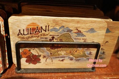 ハワイ・アウラニディズニーのお土産グッズのコアウッドはがき
