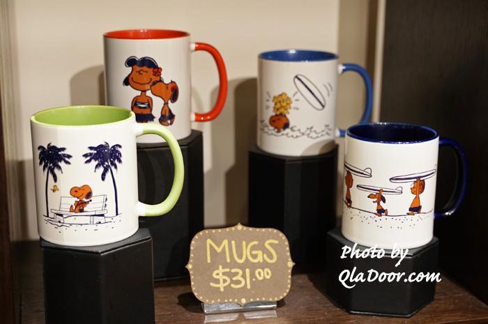 ハワイの日焼けスヌーピー・モニホノルルのマグカップ