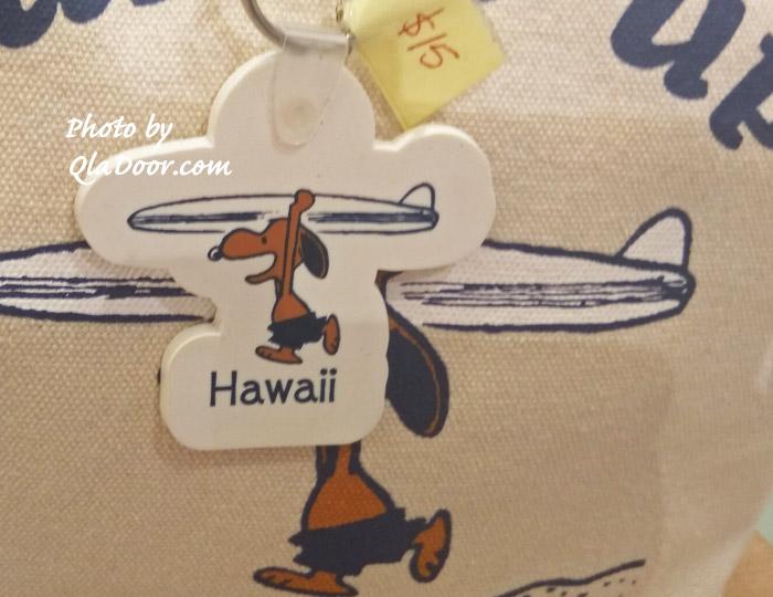 ハワイの日焼けスヌーピーのキーホルダー