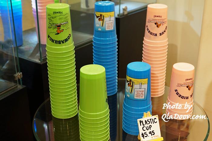 モニホノルルのプラスチックカップと値段