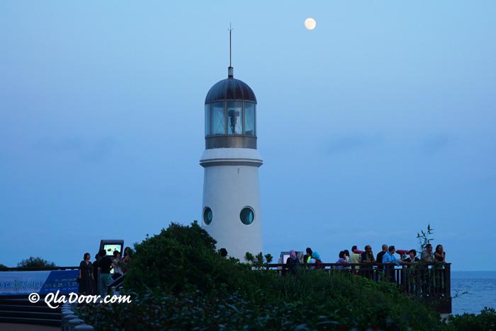ヌリマルAPECハウス横の灯台