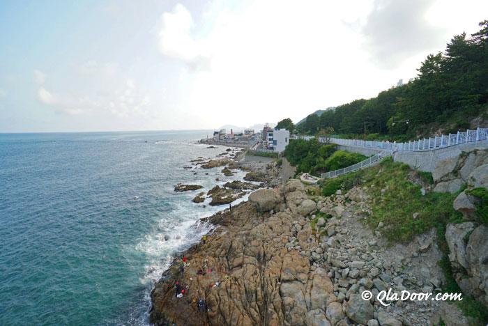 青沙浦タリットル展望台から見た海の景色
