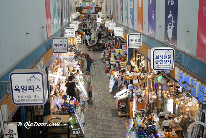 釜山国際市場の609青年モールからの写真