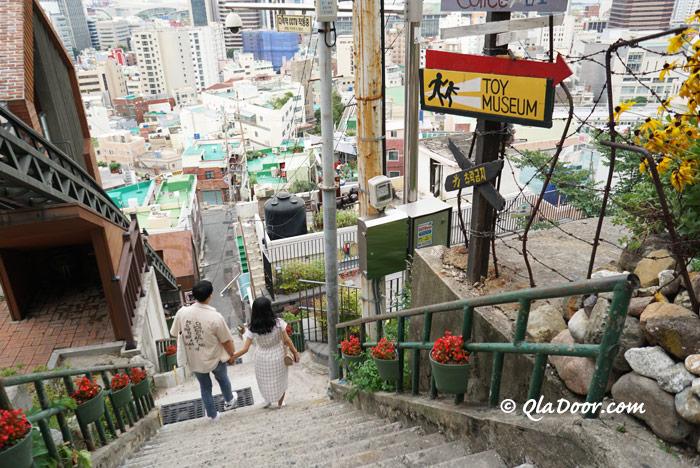 釜山若者のデートコースでもある草梁イバグギル