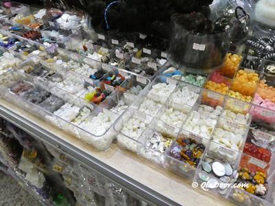 釜山鎮市場で売っているビーズ