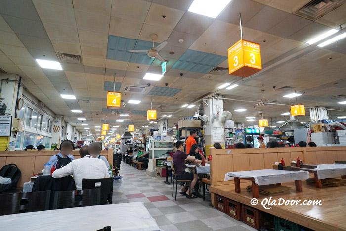 チャガルチ市場の2階のおすすめ食堂