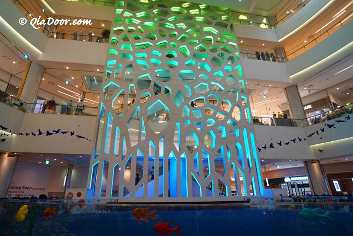 釜山ロッテデパートの噴水