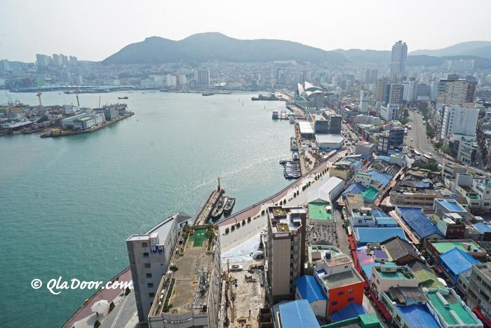釜山の南浦洞とチャガルチ市場の景色