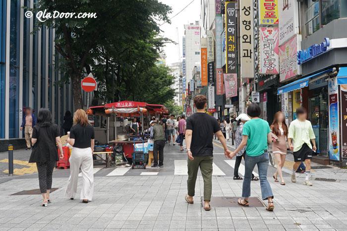 釜山西面の街の写真