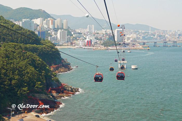 釜山松島ケーブルカー中から撮った写真