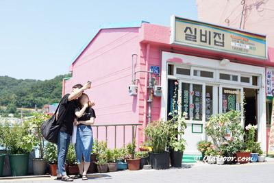 釜山甘川文化村はインスタや若者のデートスポットでもある