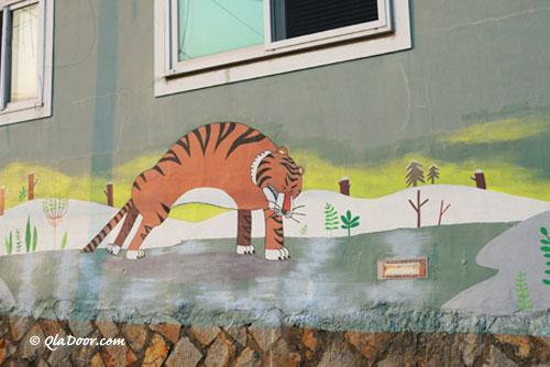 虎川村の虎の壁画