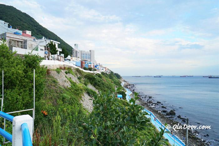 釜山ヒンヨウル文化マウルは若者・女子旅観光におすすめ