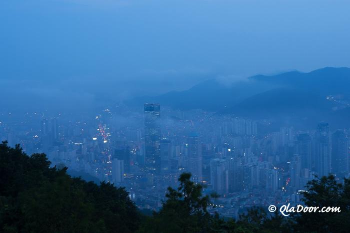 釜山荒嶺山展望台からの眺め