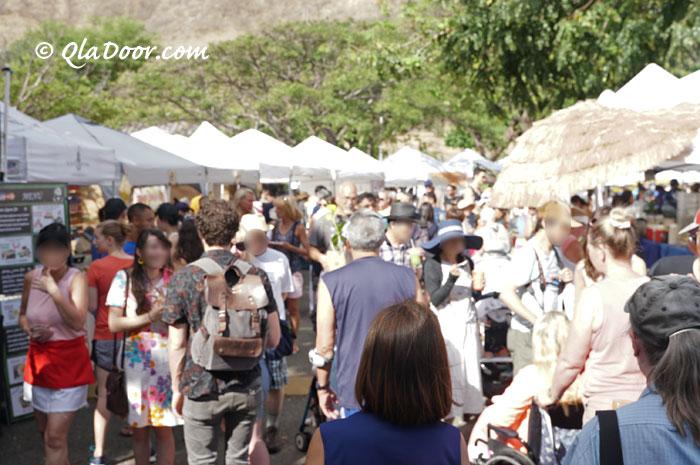 kccファーマーズマーケットの観光客