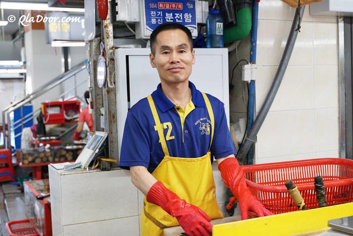 釜山チャガルチ市場のおすすめのお店・タムラ商会