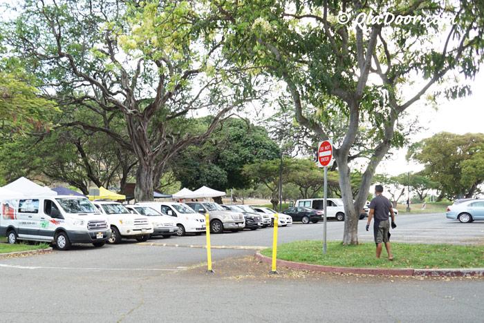 KCCファーマーズマーケット・火曜日の駐車場の混み具合